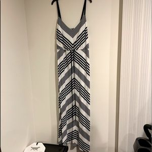 👗 Maxi Dress